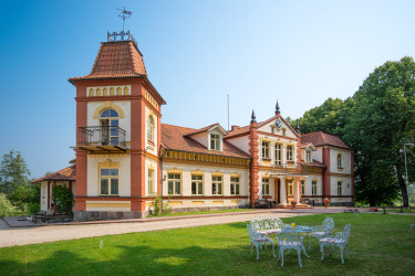 Marciena manor house